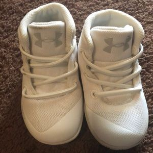 Kids white steph curry shoes